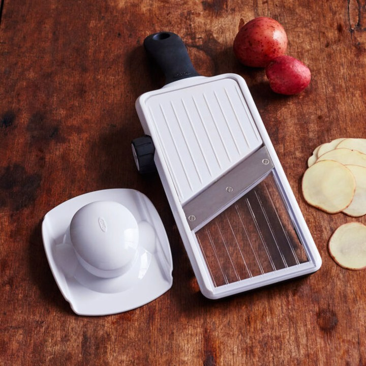 10 kitchen gadgets that assemble shedding weight extra simple 10