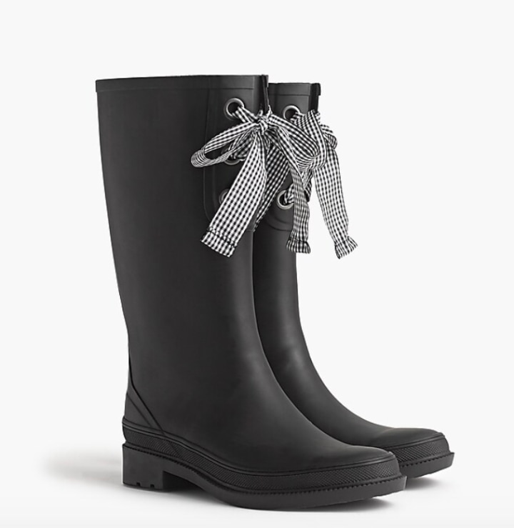 Places That Sell Rain Boots