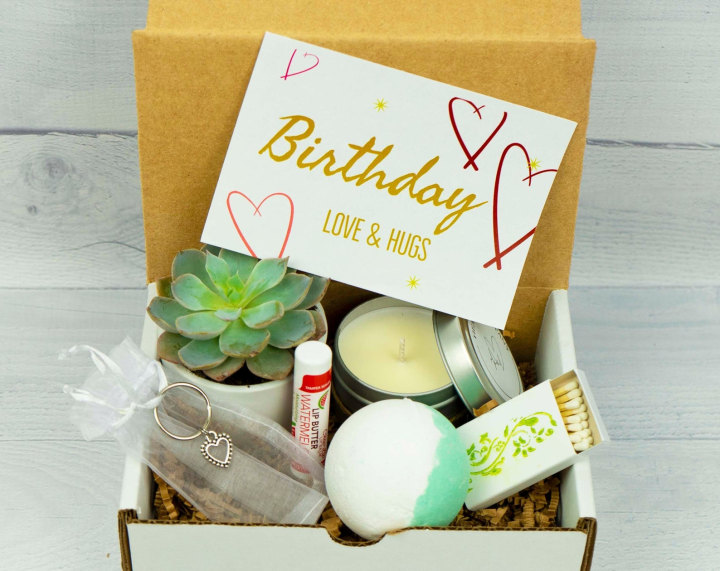 32 birthday delivery gifts that can be sent to their doorstep