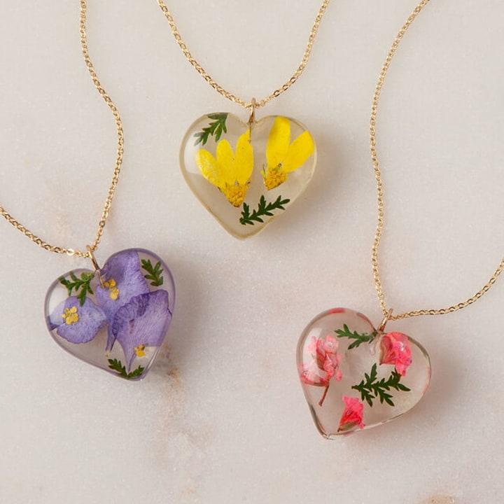 Necklaces for women Flower necklace Unique gifts Rose necklace Flower necklaces for women Floral necklace Gift for mom Real flower necklace