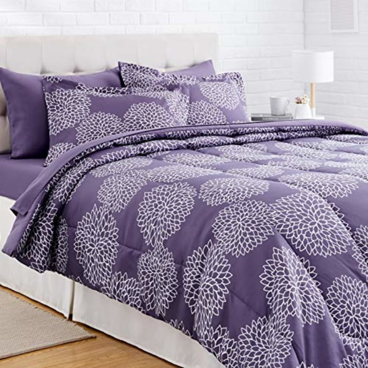 20 cheap bed sets to get for the best