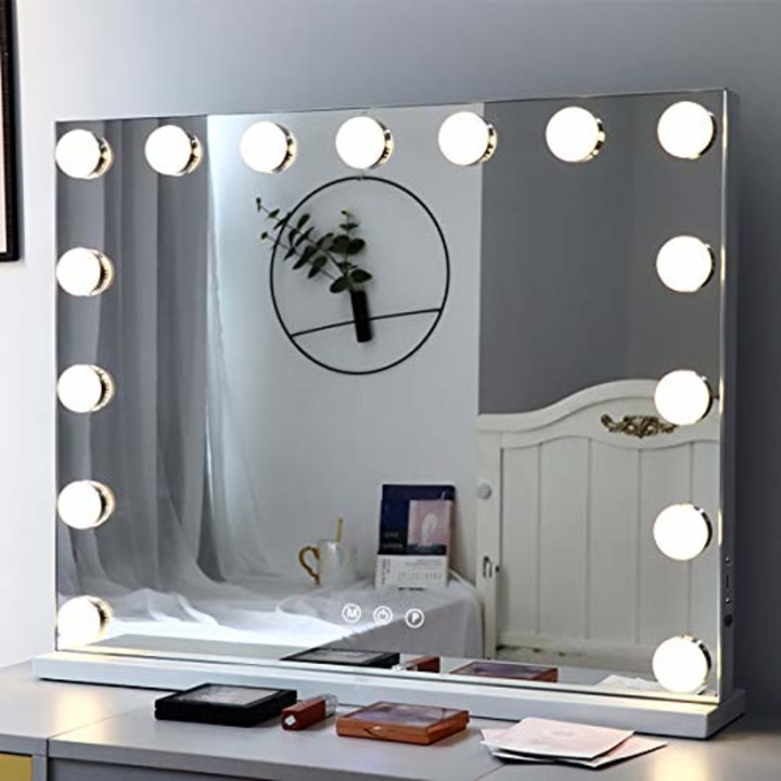 Best Lighted Makeup Mirrors For Your Vanity, Best Makeup Mirrors Canada