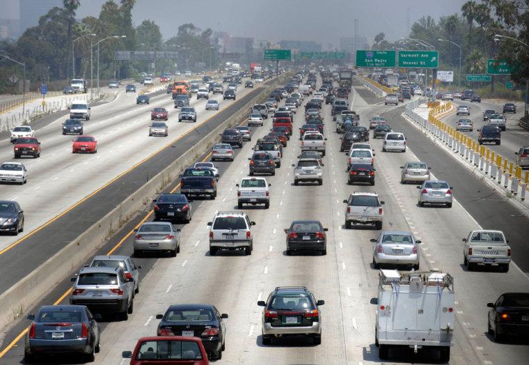 Image: heavy congestion on LA freeway