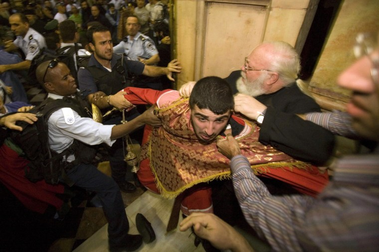 Image: Israeli police scuffle with an Armenian monk