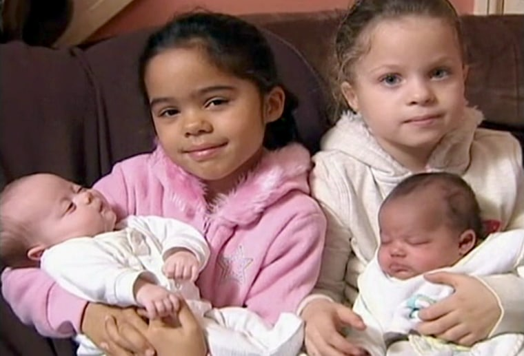 Image: Miya and Leah Durrant, fraternal twins