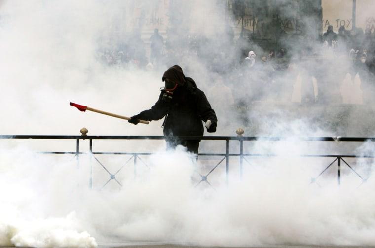 Image: Greek protester