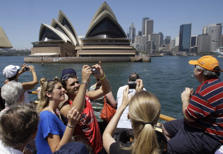 Image: tourists in Sydney