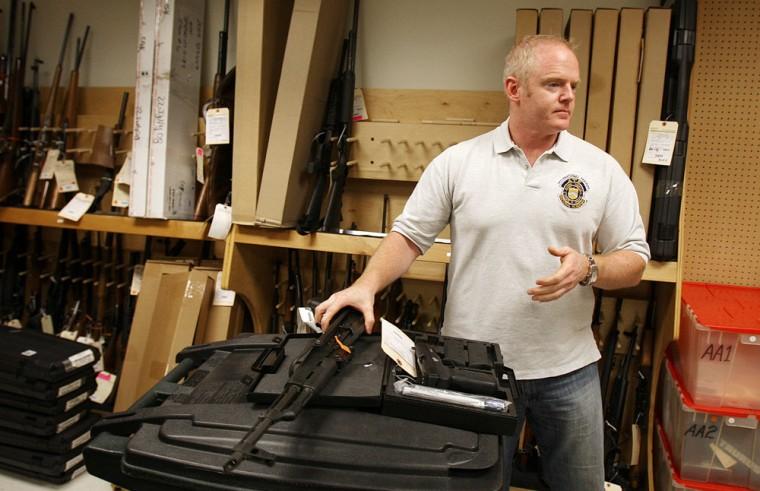 Image: Tom Mangan, cartel guns