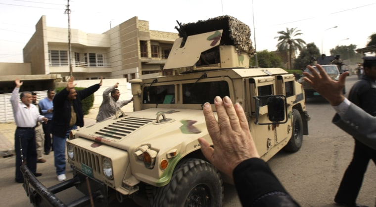 Image: Supporters and relatives of Iraqi journalist Muntadhar al-Zeidi