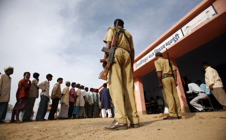 Image: Indian voters line up to cast their votes