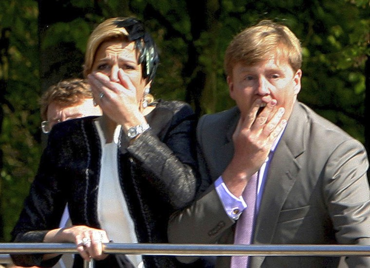 Image: Princess Maxima and Prince Willem Alexander react in horror