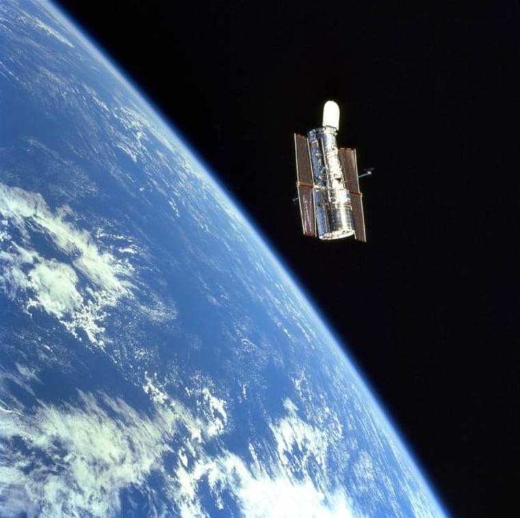 Image: Hubble over Earth