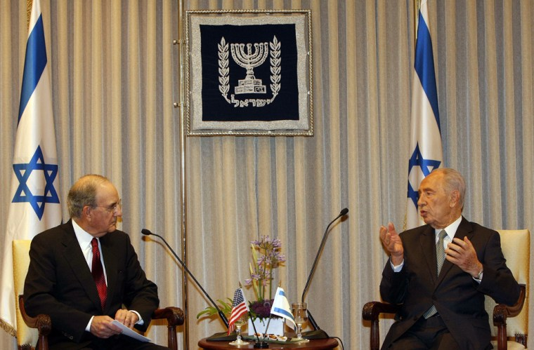 Image: George Mitchell meets with Israeli President Shimon Peres in Jerusalem