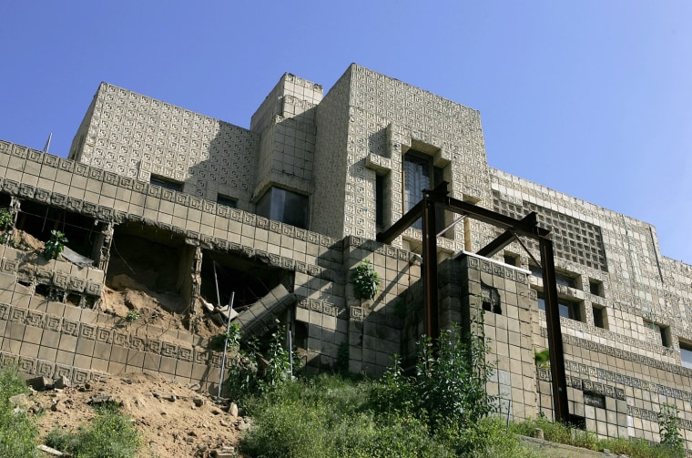 Frank Lloyd Wright-Designed Home Endangered By Heavy Rains