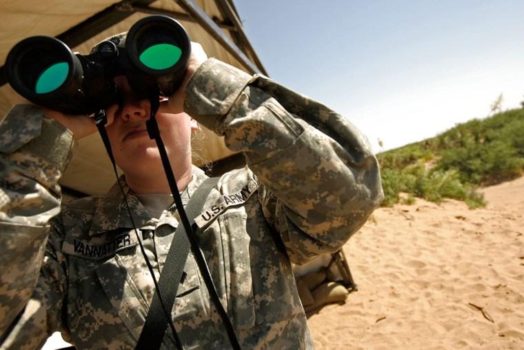 Image: West Virginia National Guard patrols the desert near Mexican border