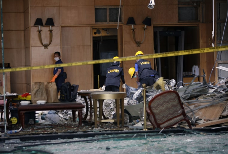 Image: Bomb scene at Marriott hotel in Jakarta, Indonesia