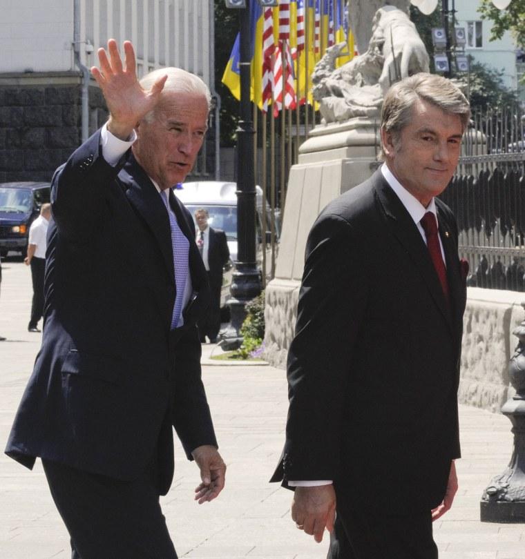 Image: Joe Biden, Viktor Yushchenko