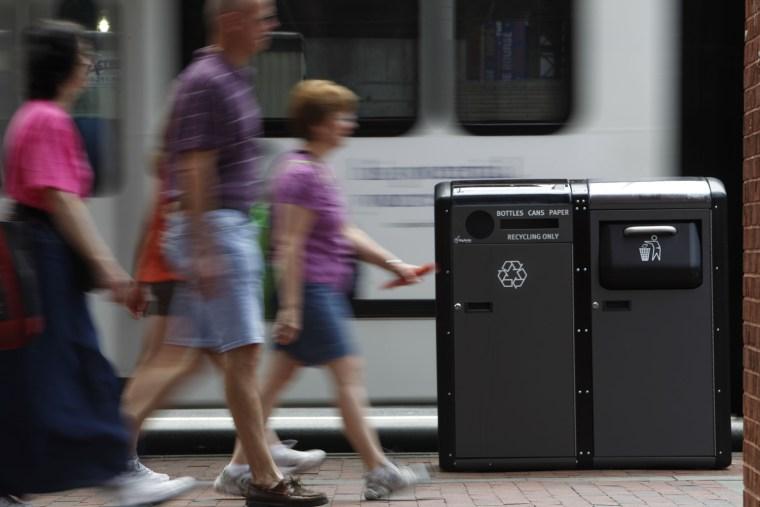 Image: solar trash compactor