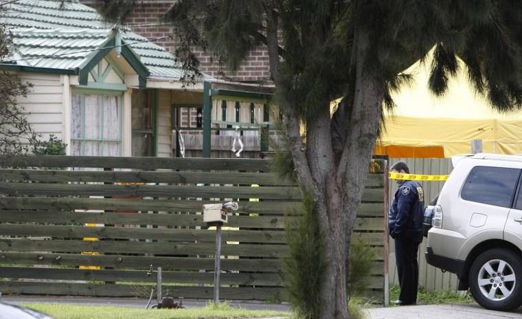 Image: Melbourne suburb house raided