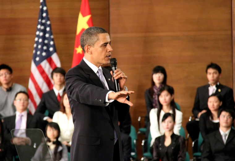 Image: US President Barrack Obama meets Chinese students in Shanghai