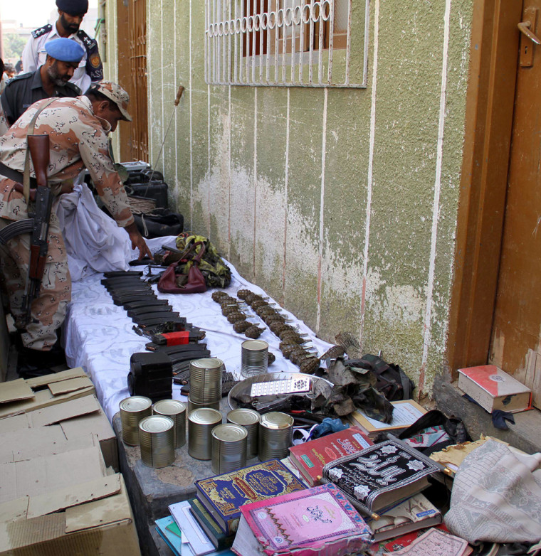 Image: Bomb explosion at a house in Karachi