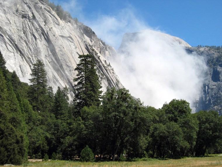 Image: Yosemite rock slide