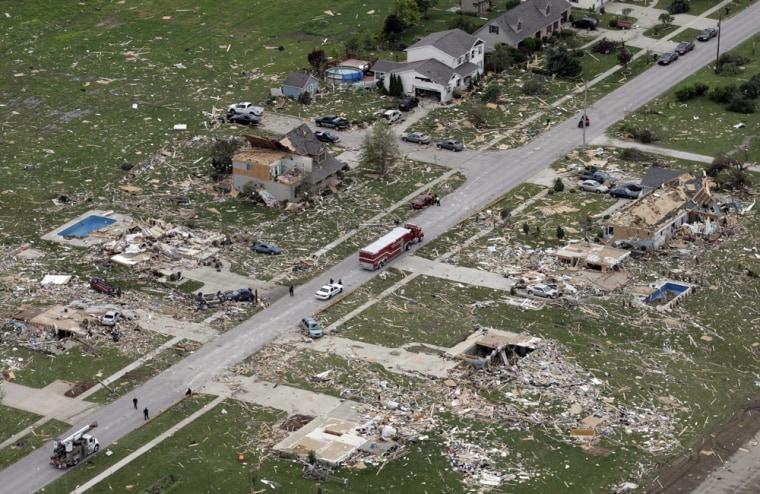 Image: Tornado damage in Millbury, Ohio