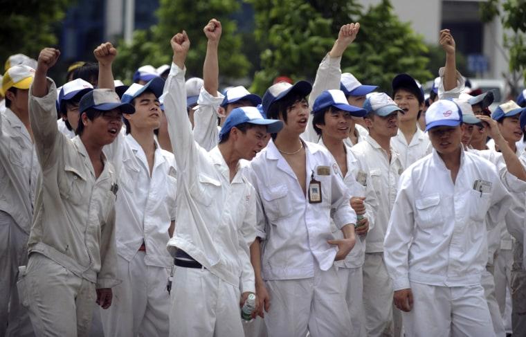 Image: Striking workers