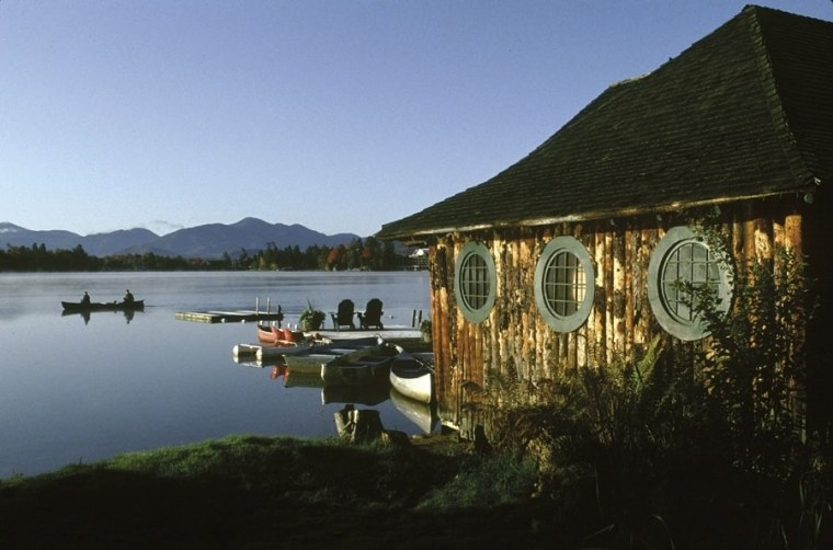 Image: Boathouse at Mirror Lake