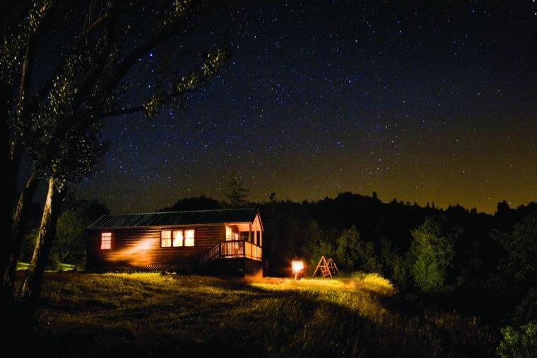 Image: Lodge under the stars
