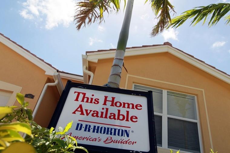 Image: New home sales fall 33 percent iIn May
