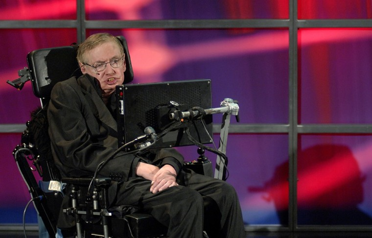 Image: Hawking speaks at his official welcoming ceremony at Perimeter Institute For Theoretical Physics in Kitchener