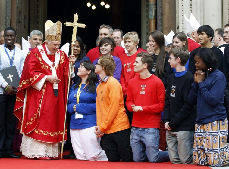 Image: Pope Benedict XVI chats with Catholic youth