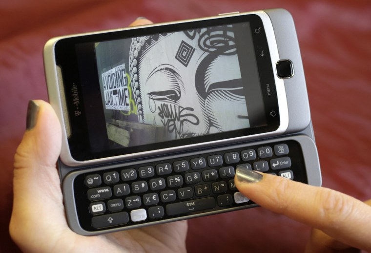 Image: HTC G2 phone from T-Mobile