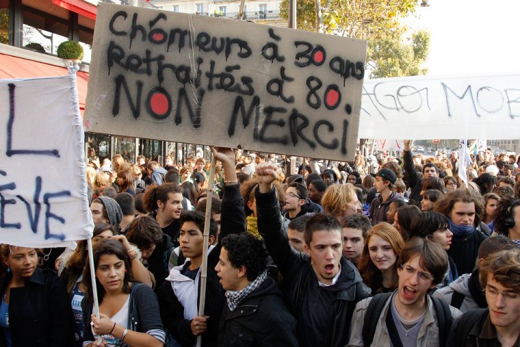 Image: French high school students demonstrate