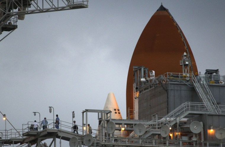 Image: Shuttle workers