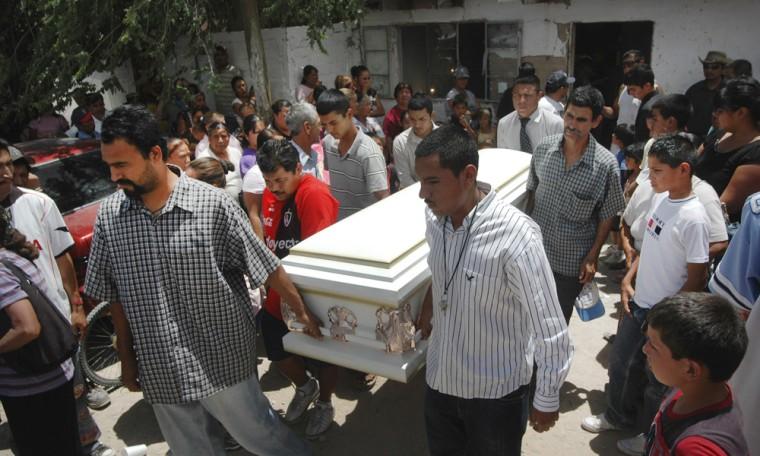 Image: Friends and relatives of Sergio Adrian Hernandez Huereka