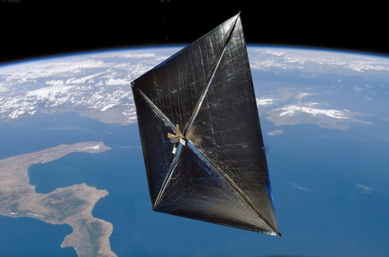 NASA's NanoSail-D soars in Earth orbit in this artist's illustration