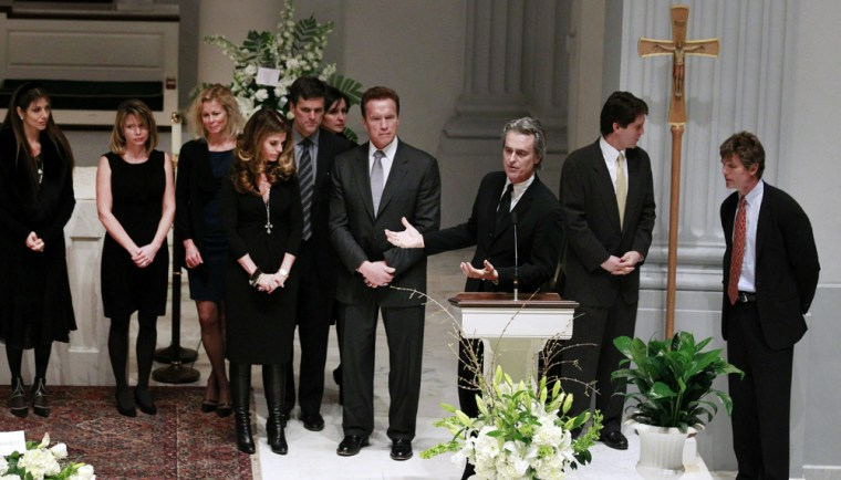 Image: Wake Held For Sargent Shriver