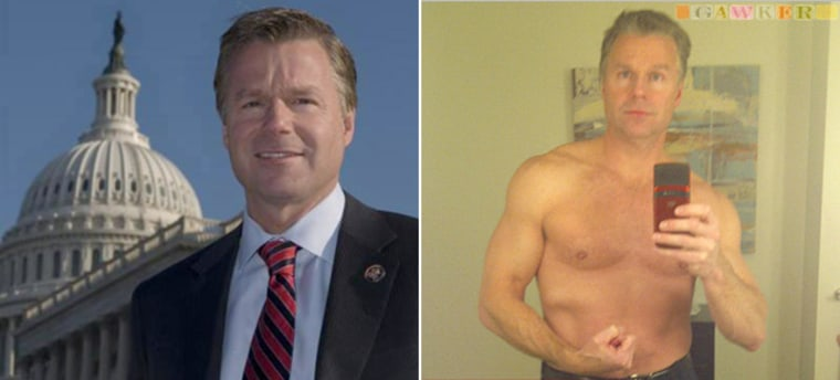 The photo of a shirtless Christopher Leehastened his departure from Congress.