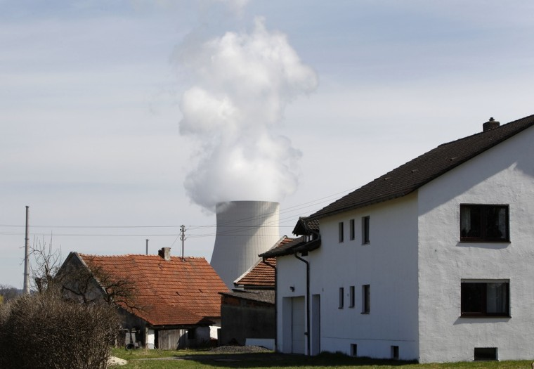 "Image: General view of cooling tower of nuclear power plants ""Isar 1+2"" between Niederaichbach and Essenbach"