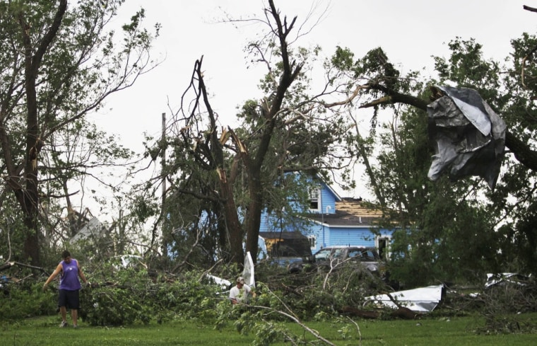 Image: Tornado damage