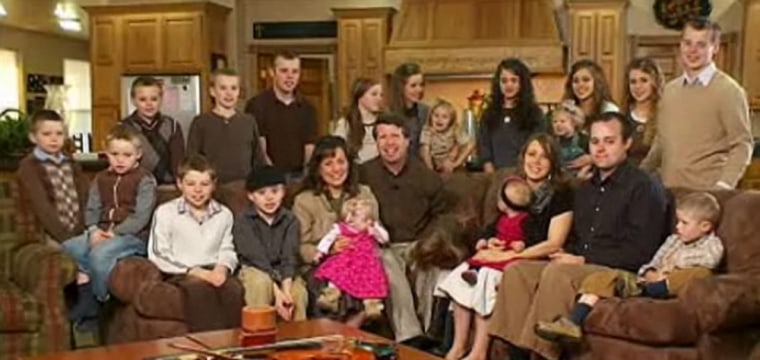 Several members of the Duggar family pitched in with search-and-rescue efforts in tornado-ravaged Joplin, Mo.