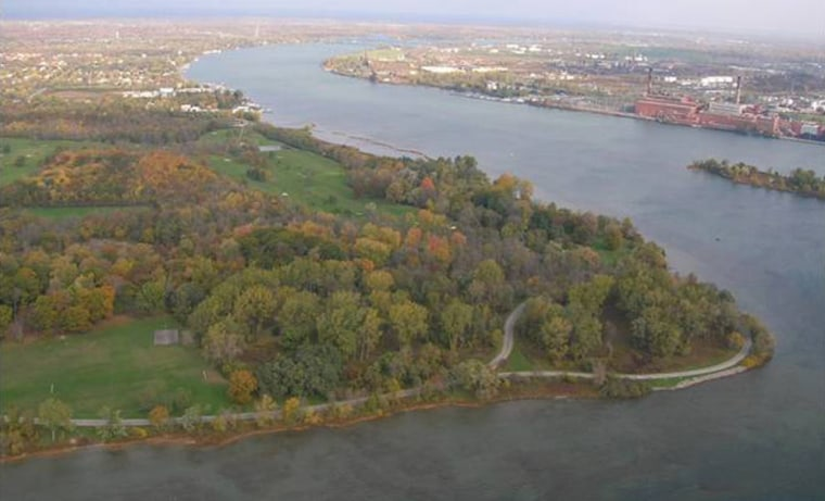 An aerial view of the southern tip of Grand Island in New York reveals Motor Island (to the right) and the archaeological toolmaking site located in the trees opposite it.