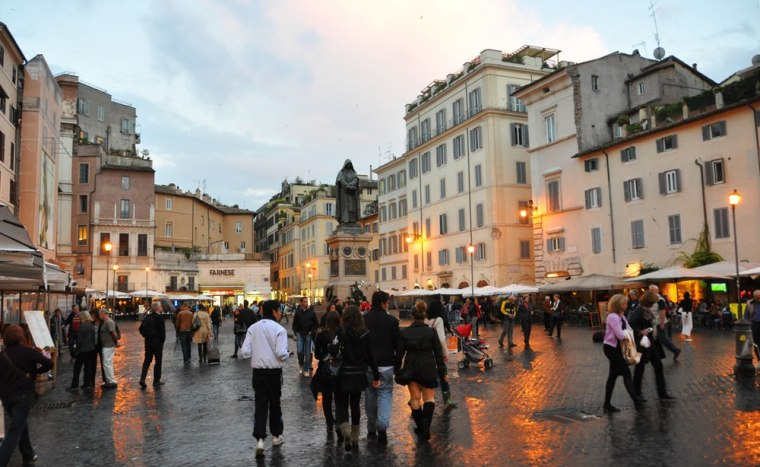 Image: AMPO DE' FIORI, Rome