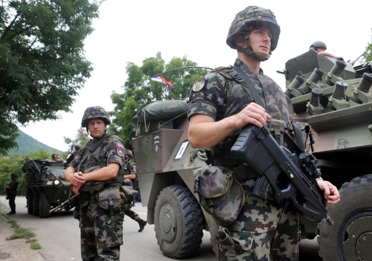 Image: Slovenia's NATO peacekeepers (KFOR) patrol