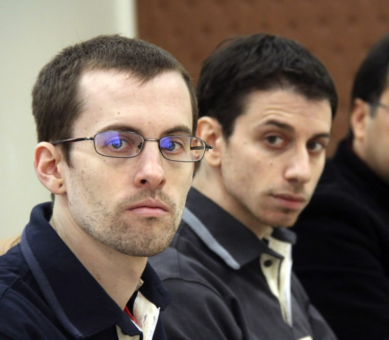 Image: US hikers Shane Bauer (L) and Josh Fattal detained in Iran on spying charges
