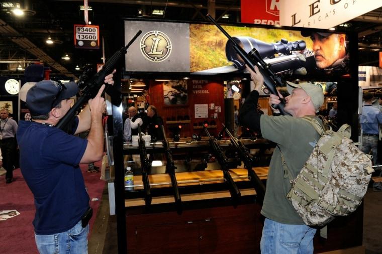 Image: Las Vegas gun show