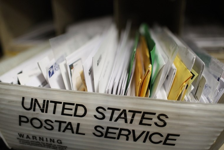 Image: U.S. Postal Service Proposes Cutting 120,000 Jobs