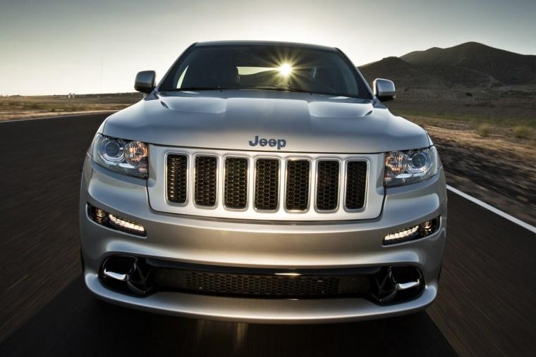 Image: 012 Jeep Grand Cherokee SRT8